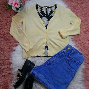 2/$15 y2K 90's Style Pastel Yellow Button Cardigan